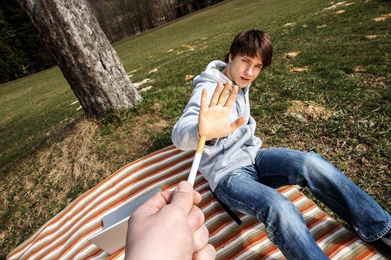 kid-says-no-to-smoking