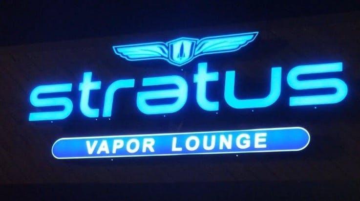 Stratus Vapor Lounge