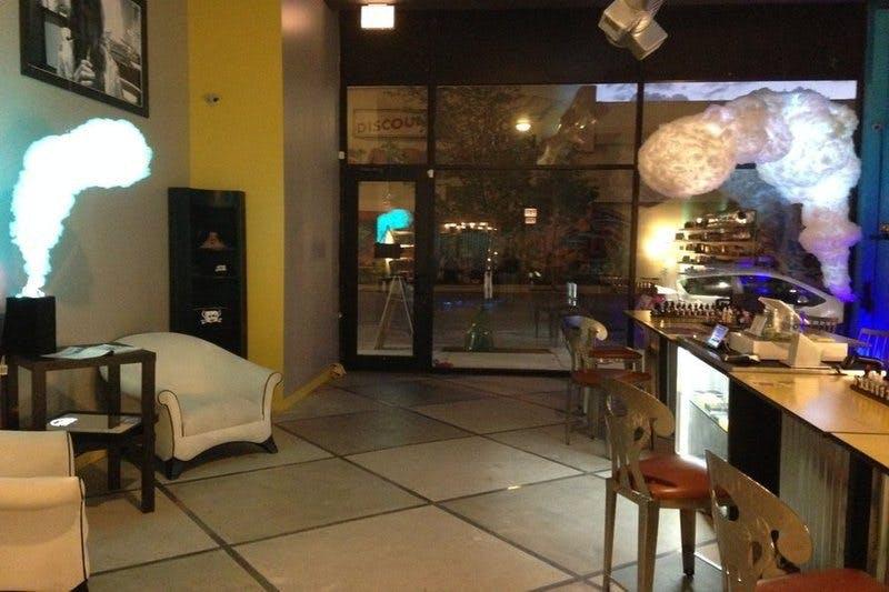 Cloud Vapor Lounge
