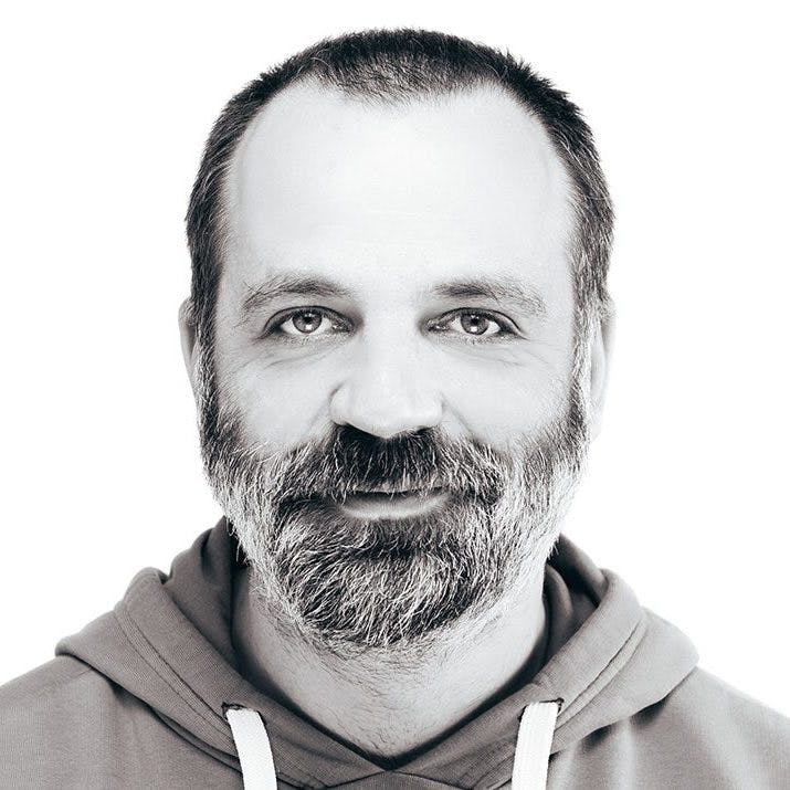 ADIS JAGANJAC - UX/UI Designer