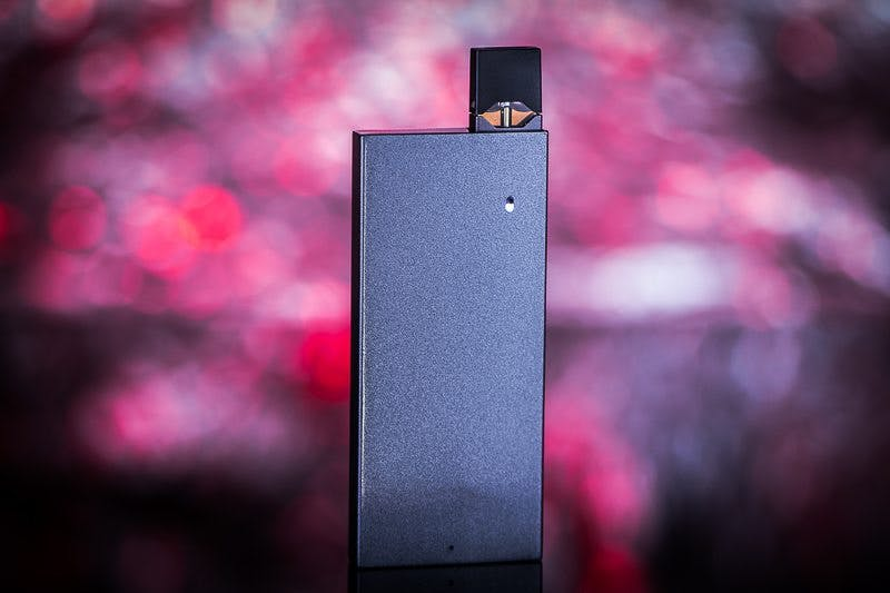 Charge a JUUL In Your Pocket With These 3 Chargers - Vaping360