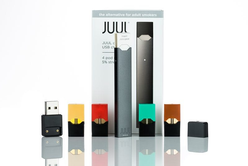 Juul review see why its the most popular vape vaping360 according to juul one pod is roughly equal to the nicotine content of a pack of cigarettes this does not mean one juul pod is equivalent to smoking 20 solutioingenieria Images