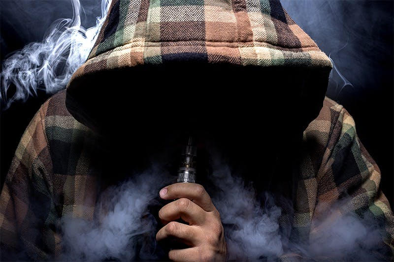 9 Pros and Cons of Vaping You Need to Know