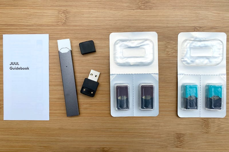 juul-guidebook-device-charger-pods